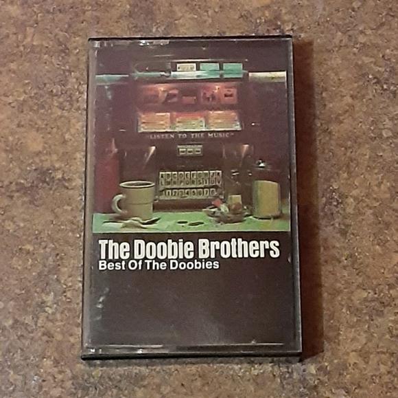 """The Doobie Brothers """"Best Of The Doobies"""" Cassette"""